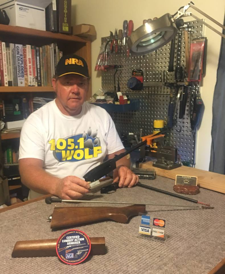 Dave Thomas: Southern Oregon Gun Dealer - Medford, Oregon Area